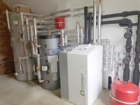 Grey Barn - Inverter-driven Ecoforest Ground Source Heat Pump System